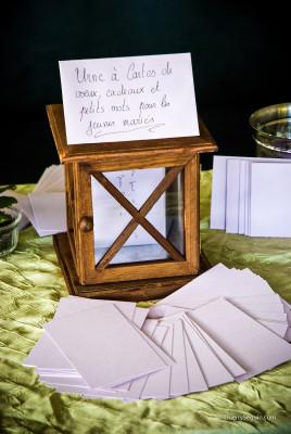 urne à dons et enveloppes