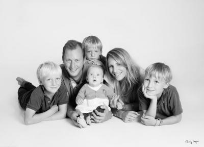 séance famille photo noir et blanc (2)